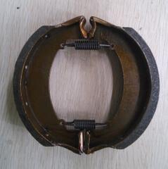Bremsebakker bag (Pris er pr hjul) 1 Prisen er pr hjul